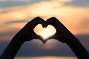 Love Shayari in Hindi   लव शायरी   Love Status & Quotes in Hindi